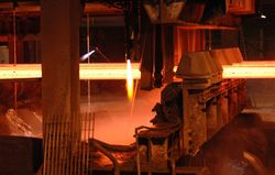 15 Cutting the steel at Thamesteel