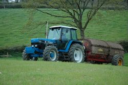 6 Ford 7840 Powerstar SL muckspreading