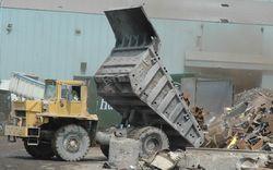 5 Heathfield truck tipping at Thamesteel