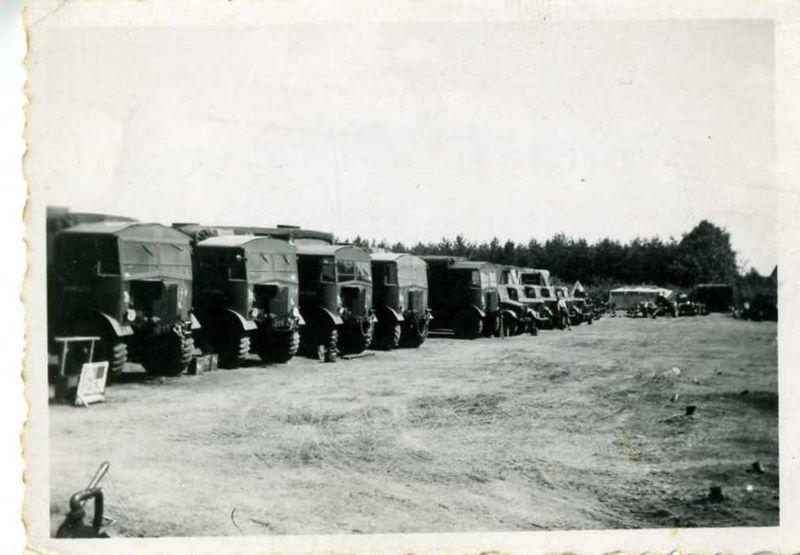 HAC vehicles, Nieuwport August 1945