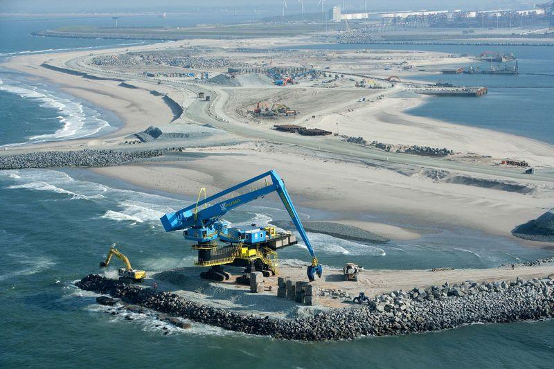 Blockbuster at Maasvlakte 2