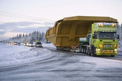 Tipping body of Cat 795F transported to Aitik