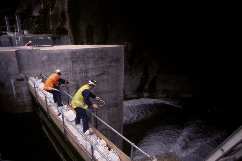 Manapouri engineers (c) NHNZ Photo T Benny