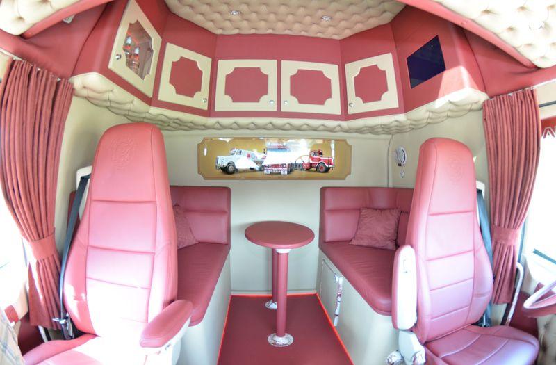 Peeters Scania T460 Longline