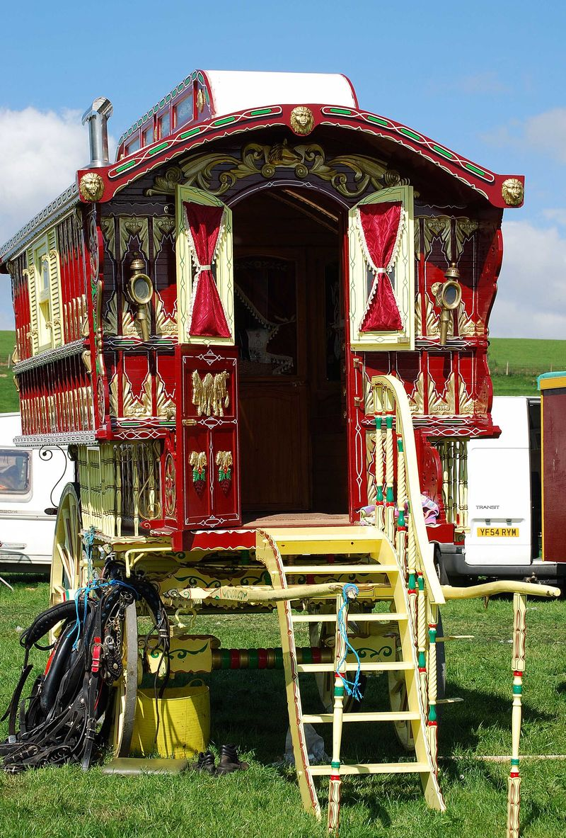 Absolutely Appleby traditional living wagon