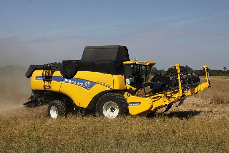 New Holland CX8080 Elevation